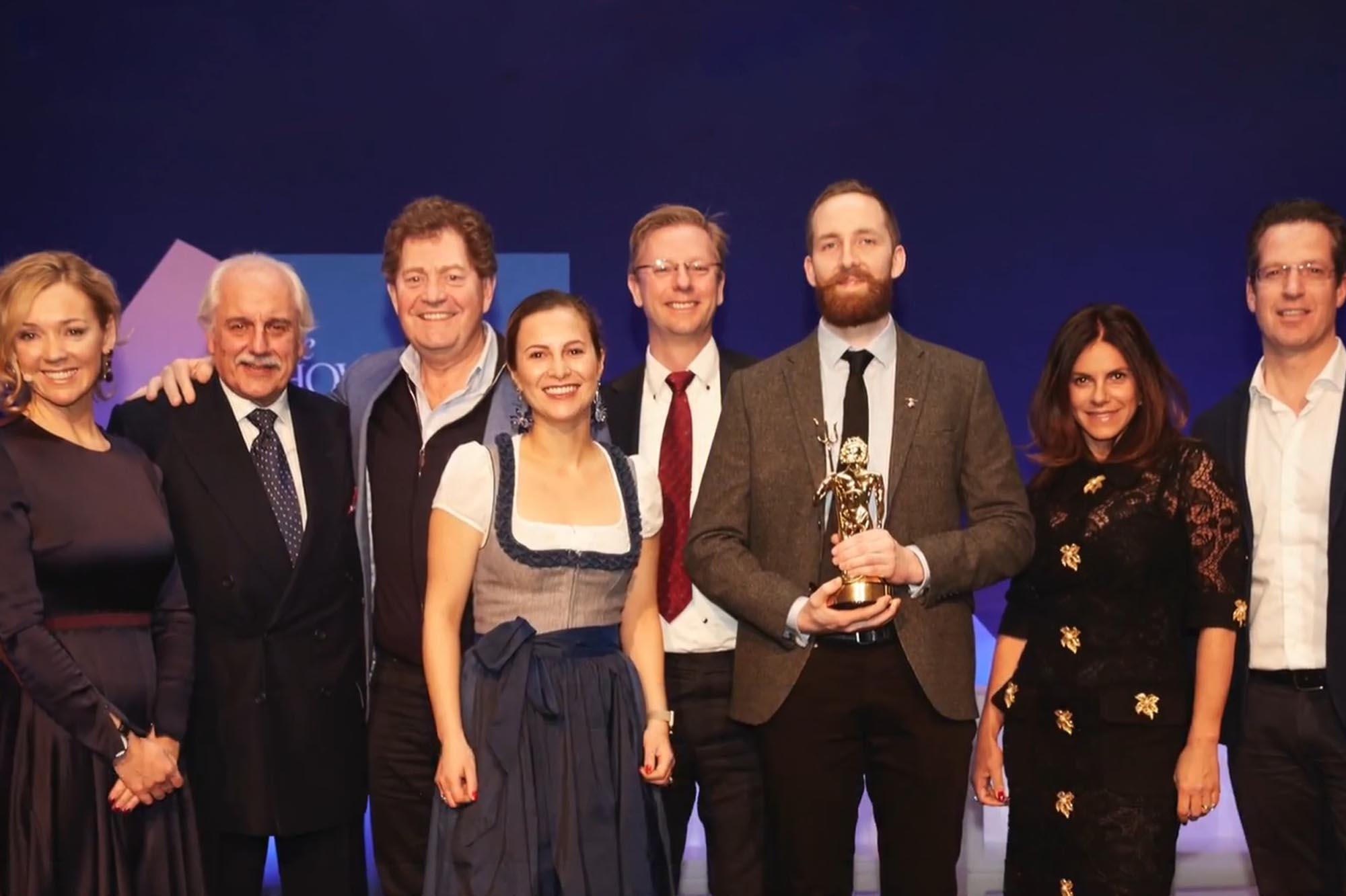 showboat-awards.jpg