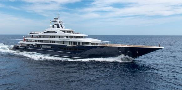 Superyachts.com_Tis_23.08.19.jpg